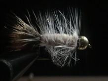 White Deertail Bugger